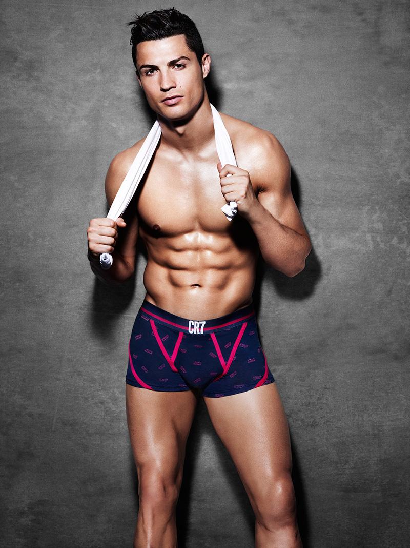 CR7-Cristiano-Ronaldo-Underwear-SS15-03