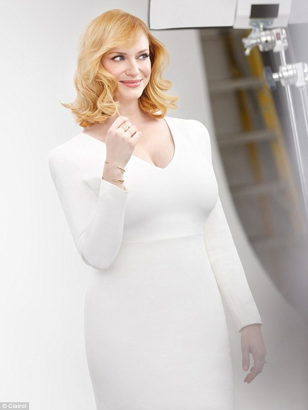 26C8010000000578-0-Blonde ambition Christina Hendricks stars in a new campaign for -m-10 1426715605257 4dd3a
