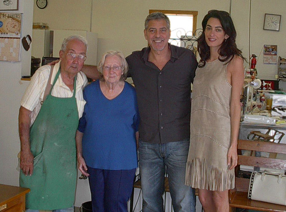 rs 560x415-150604082245-1024-2george-clooney-amal-clooney-magees-bakery copy 43a36