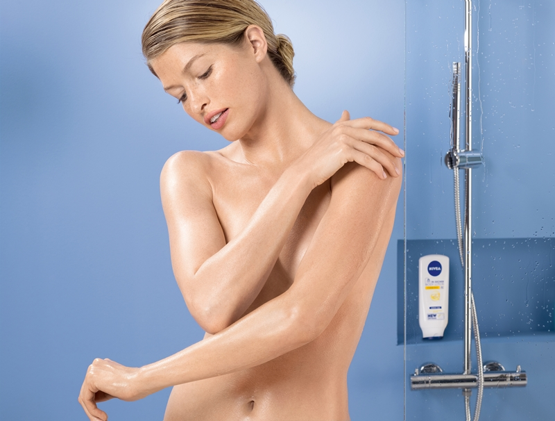 In-Shower Body Lotion Application 3 11700