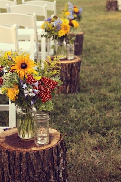 backyard-fall-wedding-ideas-143913-fall-wedding-aisle-decorations-2 3afbd