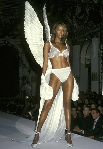 1998 Tyra Banks 1d3ae