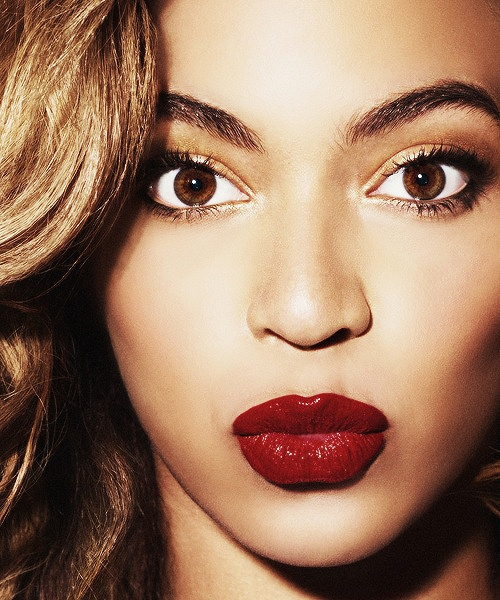 red-lipstick-shade-for-morena 53aaf