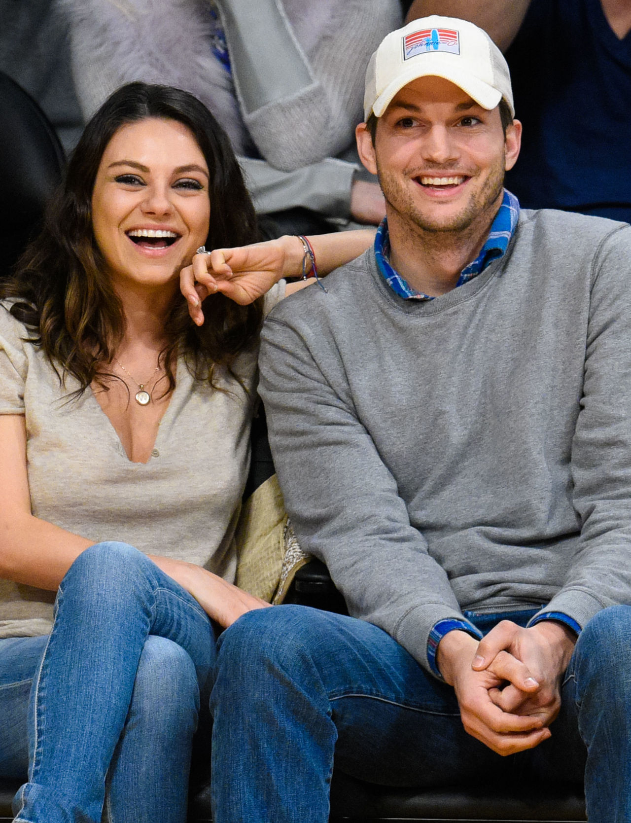 gallery 1449260773 mila kunis ashton kutcher celebrity weddings 2015 24b12