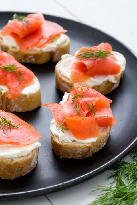 1449252590 delish crostini smoked salmon 349dc