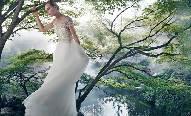 badgley mischkas new wedding dresses are beyond beautiful 1622244 1452734559.640x0c a4b56