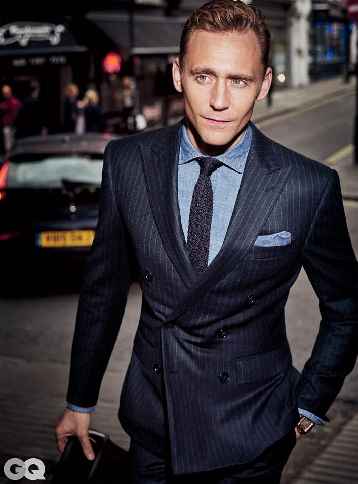 tom hiddleston gg 1115 02 b7903