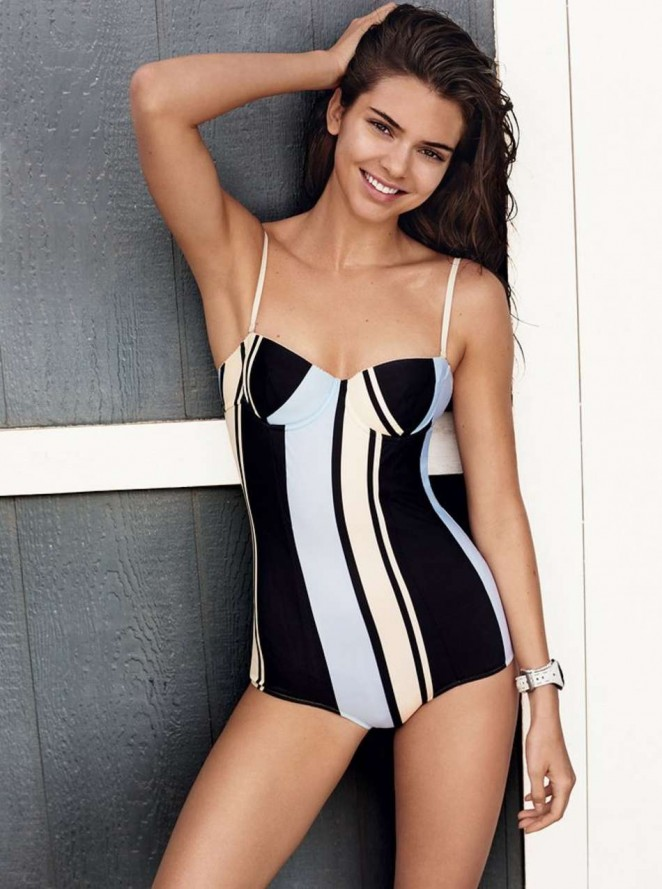 Kendall Jenner Vogue Magazine 2016 03 662x889 aa2ce