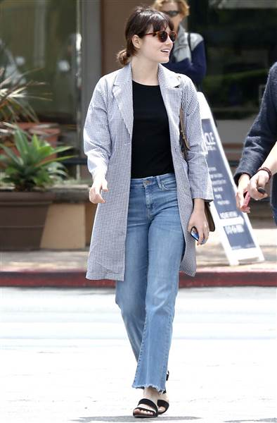 emma stone 002 inline today 160427 84ea9bd8059e0408516b77ef1fc4c5e6.today inline large bb105
