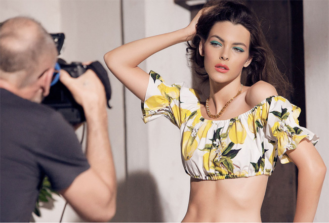 behind the scenes of dolce gabbana ne makeup campaign summer 2016 8ebb7