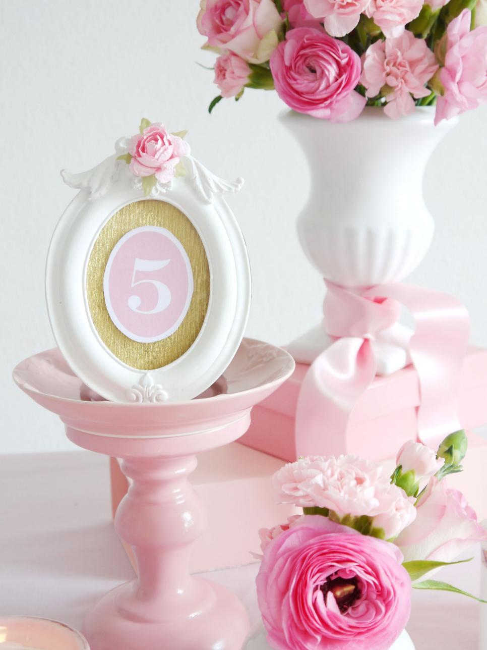 Original Birds Party Romantic DIY Wedding Table Number 8 s3x4.jpg.rend.hgtvcom.966.1288 bb894