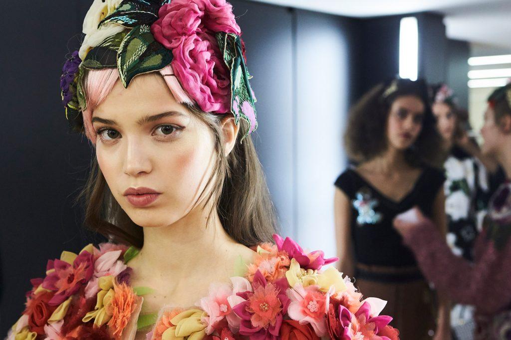 Dolce Gabbana Fall Winter 2016 17 hairstyle idea 1024x683
