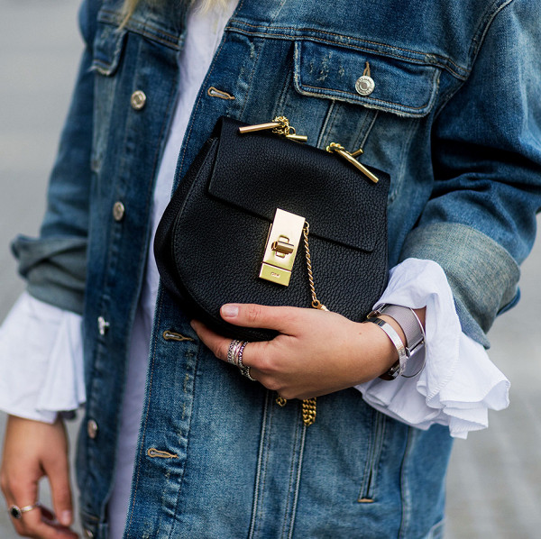 11 reasons why you always need a denim jacket in your wardrobe 2000888 1480696146.600x0c