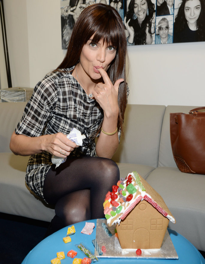 120616 katie holmes ginger bread lead