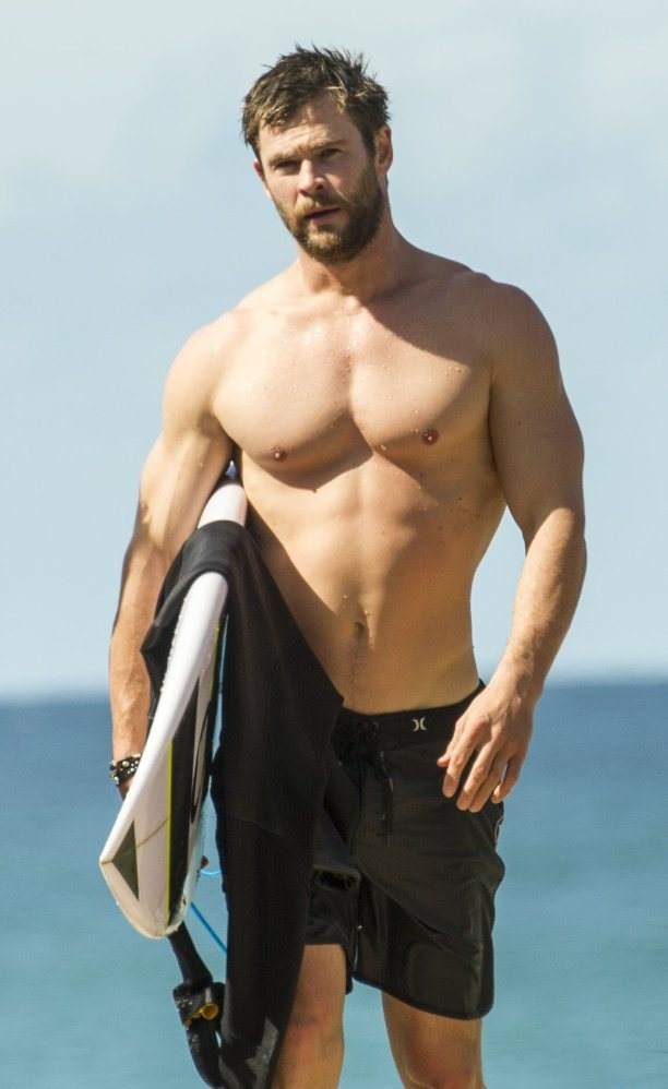 Chris Hemsworth Shirtless Australia April 2016 copy