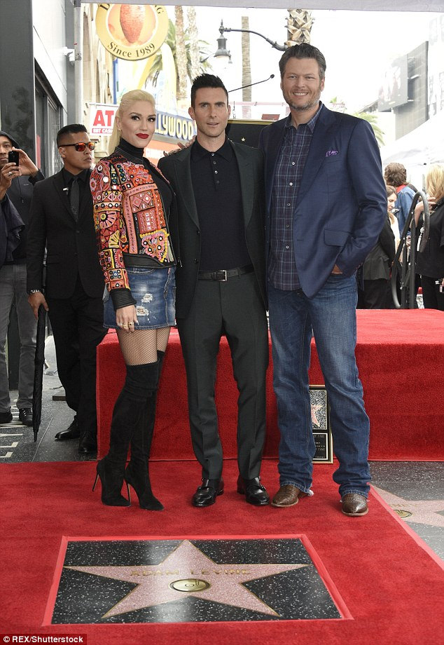 3D0F8D8500000578 4213518 Adam was also joined by his Voice co stars Blake Shelton and Gwe a 16 1486763465018