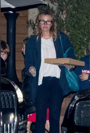 julia roberts weight gain pizza divorce rumors 01