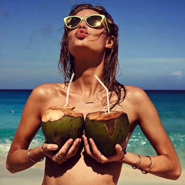 beach beautiful coconut girl Favim.com 3182116