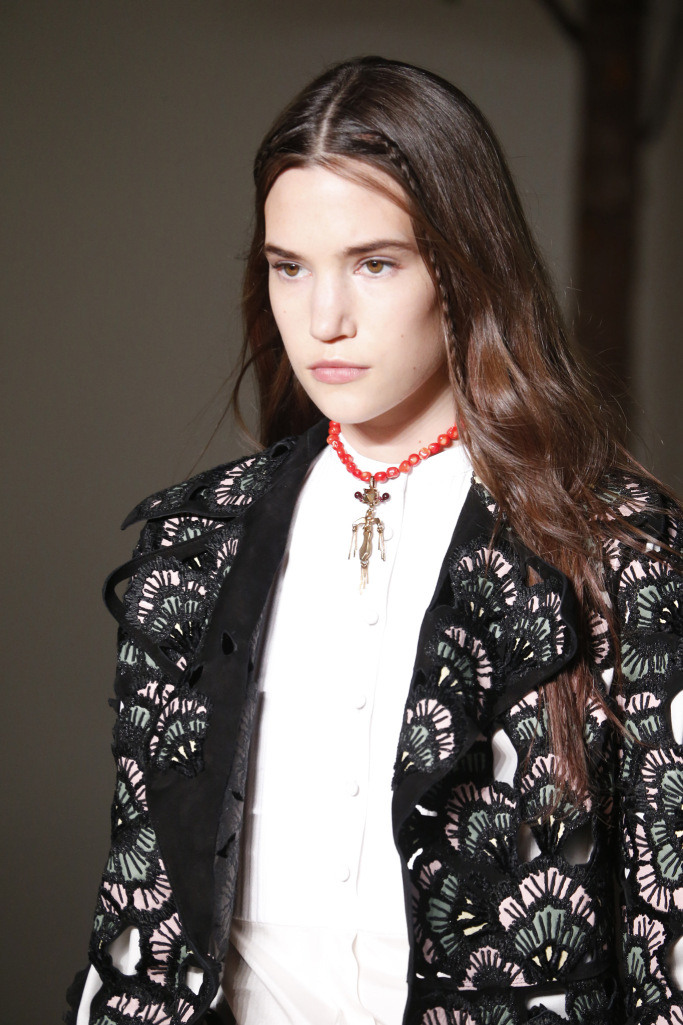 details at valentino rtw fall 2017 collection paris fashion week pfw ss17 043