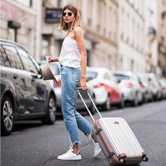 airport clothing 234028 1504033718730 main.640x0c