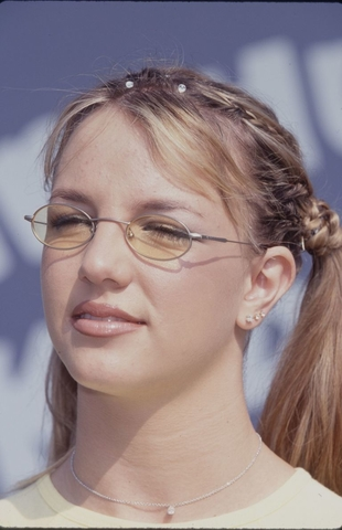 gallery 1466069444 britney spears glasses 90s