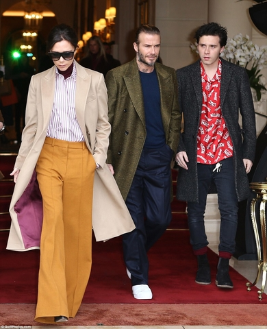 4845438000000578 5284113 Splashing out David and Victoria Beckham were seen leaving The R a 10 1516298467398