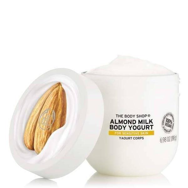 Ενυδατικό γιαούρτι σώματος The Body Shop Almond Milk Body Yogurt