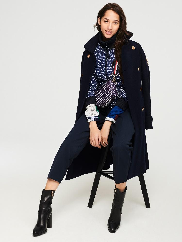 TH Fall2019 Womenswear Lookbook Look 01