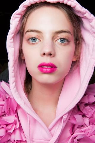 bold lips 3
