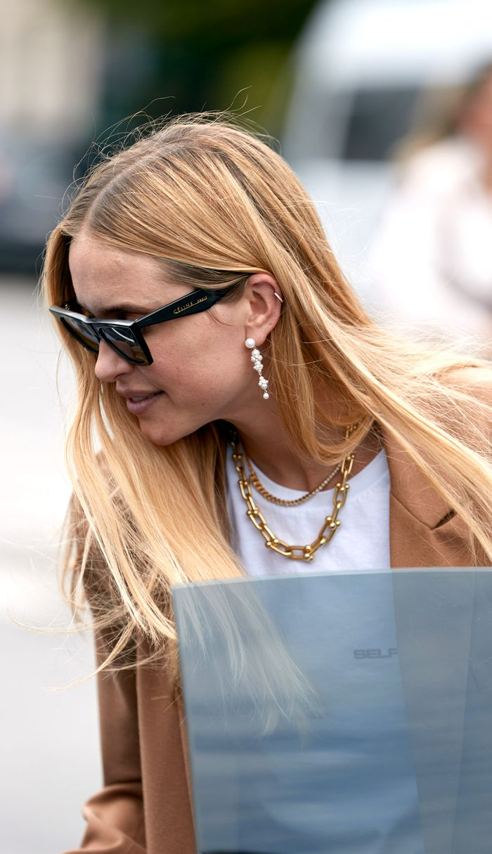 chunky-gold-necklace-trend-281832-1565721997085-image.700x0c.jpg
