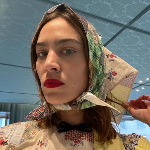 alexa chung headscarf