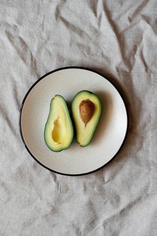 diy body scrub me avocado