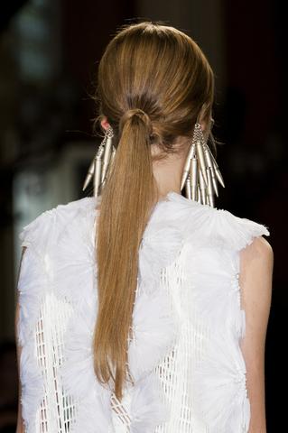 ponytail mystika