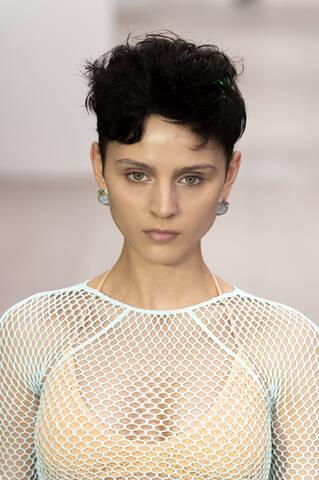 pixie cut trend