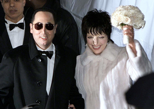 50-most-expensive-weddings-Liza-Minnelli-David-Gest-Estimated-cost-of-the-wedding-3.5-million